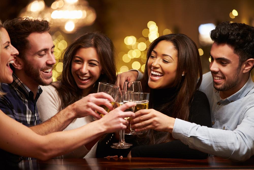 Široká ponuka nápojov tak tuzemských, ako aj zahraničných.